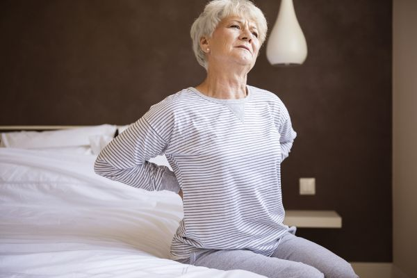 Rückenschmerzen: Wann sind Röntgen, CT und MRT nötig?